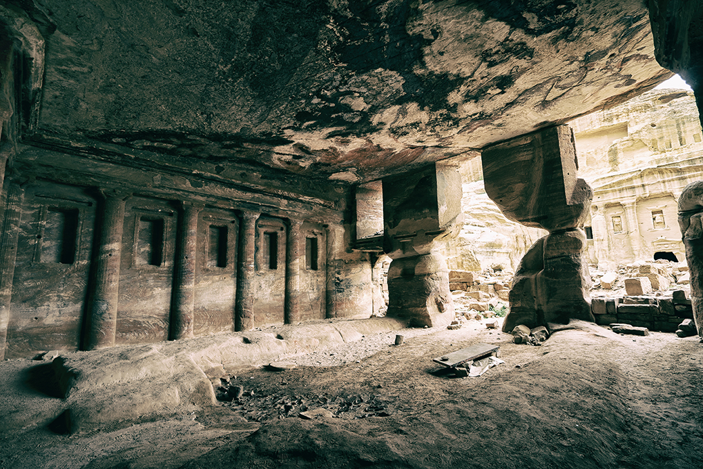 sentiero del Sacrificio triclinium